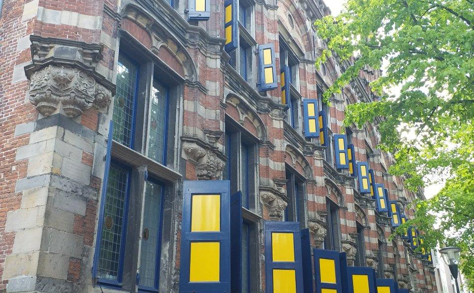 Het Nederlands bedreigd? Taalsterfte in Nederland
